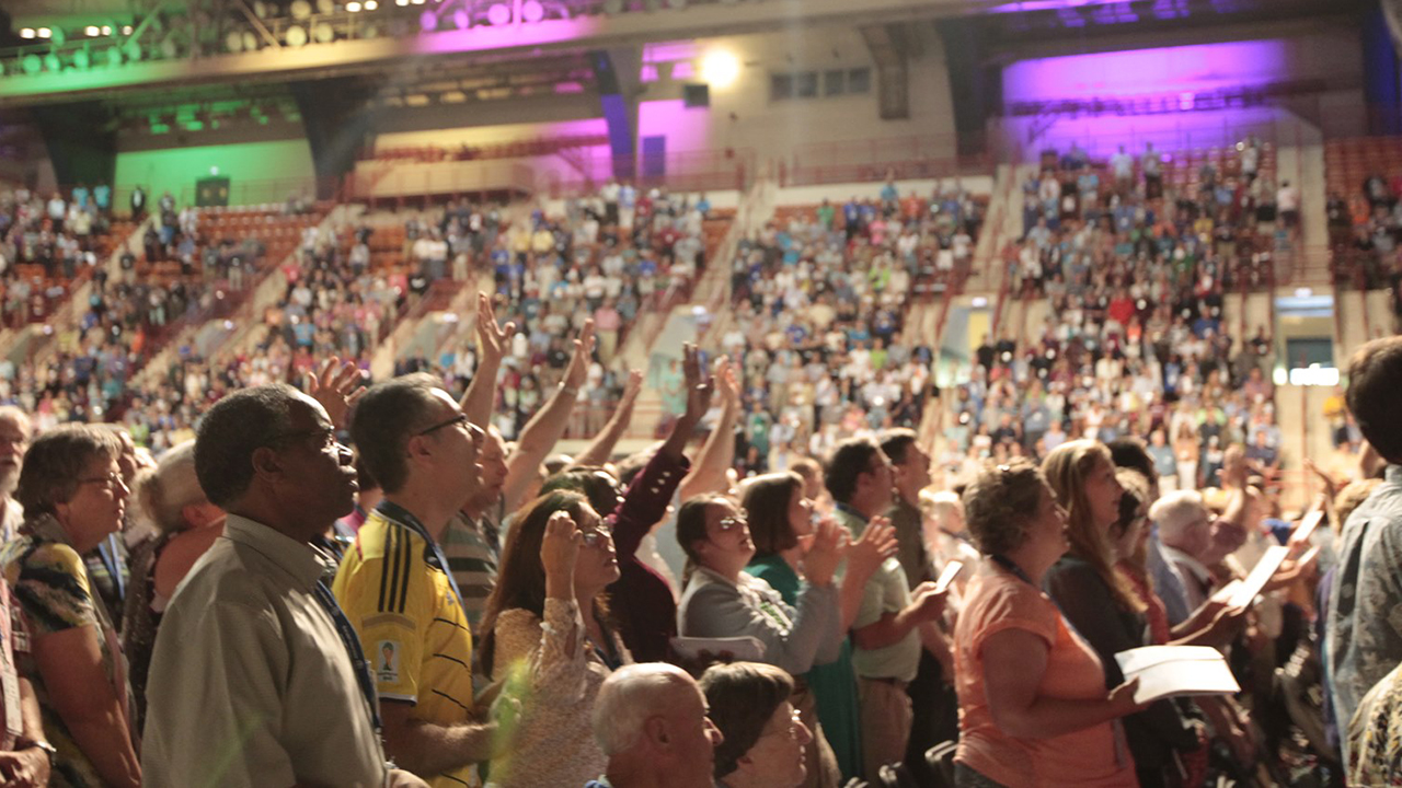 Participants worship at the 2015 Mennonite World Conference assembly in Harrisburg, Pa. — Mennonite World Conference